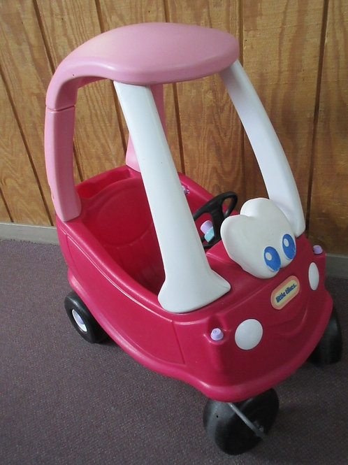 Little Tikes pink children's cozy coupe