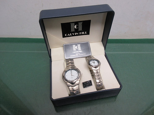 Calvin Hill quartz his/her silver watches, white face w/silver trim,in gift box