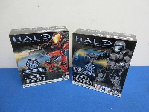 Pair of halo mega bloks action figures, New