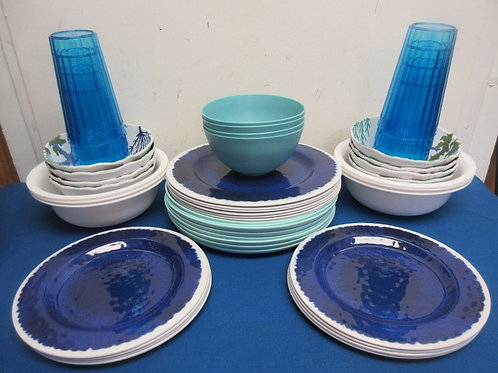 Assorted plastic partyware - 48 pc - plates, bowls & cups