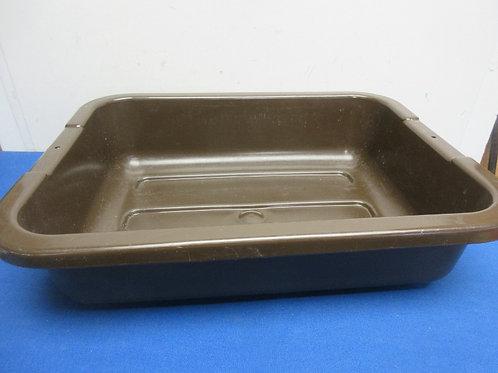 "Brown plastic dish pan, 13x18x4"""