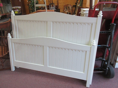 White country cottage style queen size bed - headboard, footboard, side rails &