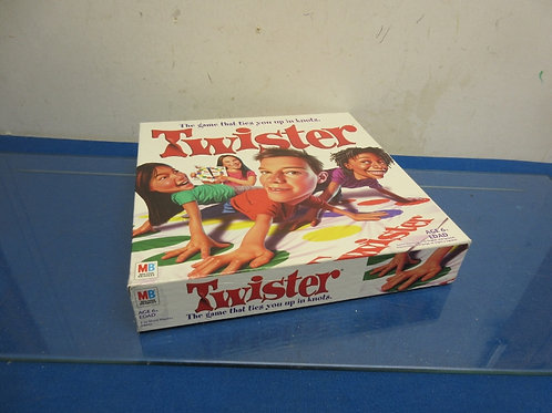 Twister - the game that ties you up in knots - ages 6+