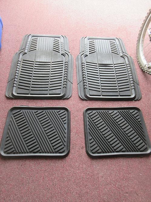 Set of 4 heavy duty black car mats