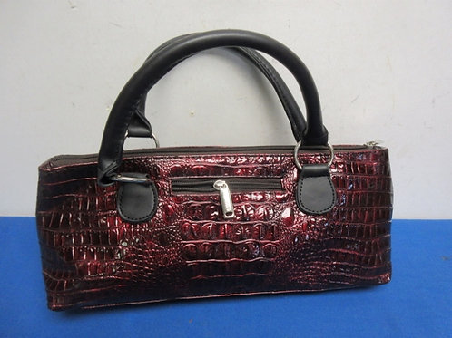 Faux reptile skin insulated wine carrier purse