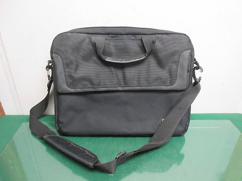 Solo black computer bag