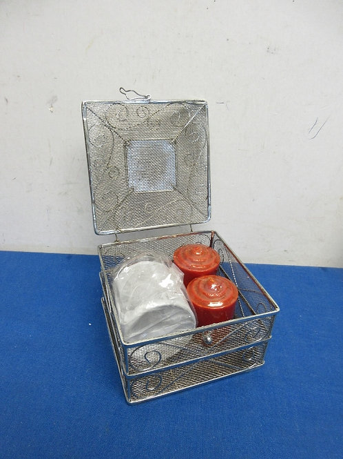 Things remembered mesh silver box with 3 votive candles