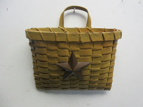 """Hanging flat basket with metal star on front of basket, 8"""" tall"""