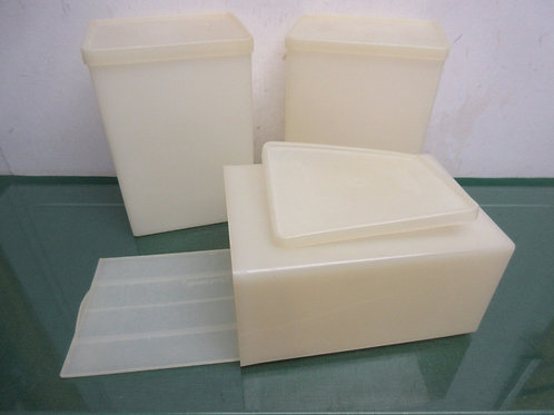Set of 3 vintage tupperware ice cream containers, 2 have pull out servers