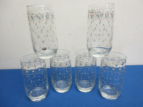 Set of 6 floral design glass tumblers