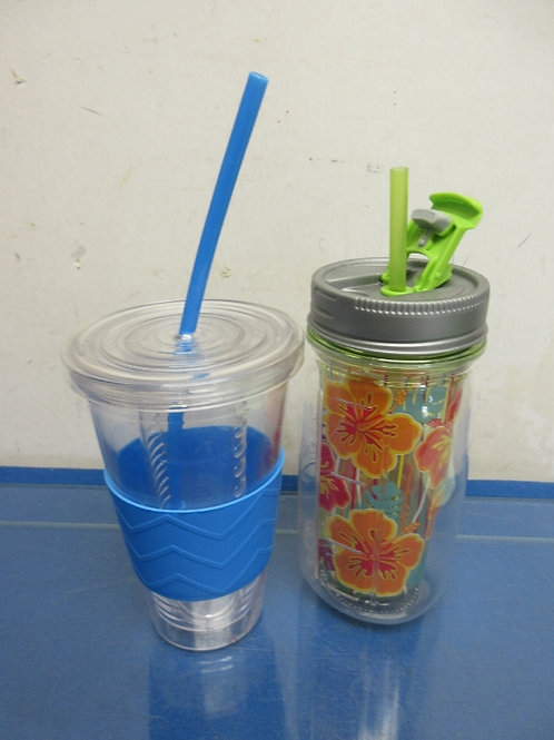 Set of 2 insulated drink containers-clear w/blue diffuser & jar style w/flowers