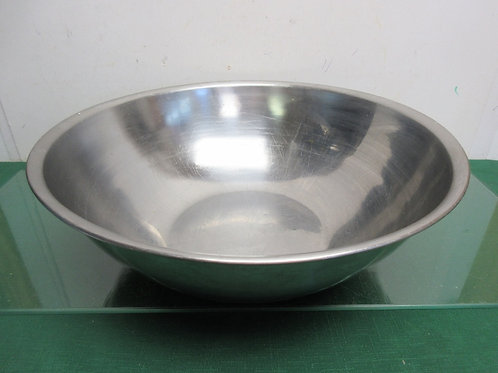 """Large stainless steel mixing bowl - 16"""" dia"""