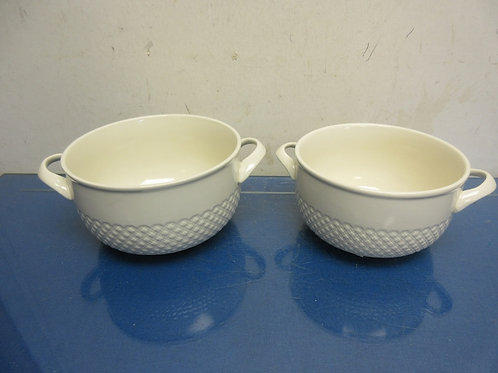 Cook's Essential set  of 2 white ceramic bowls with handles