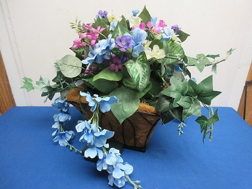 Battery operated light up artificial floral arrangment in metal and coco mulch p
