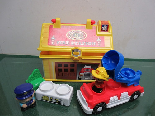 Fisher Price play family fire station with fireman and accessories