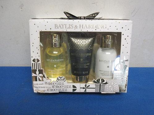 Baylis and harding fragrance set - never used