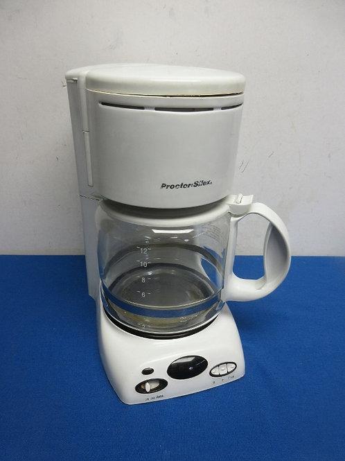 ProctorSilex white 12 cup coffee maker