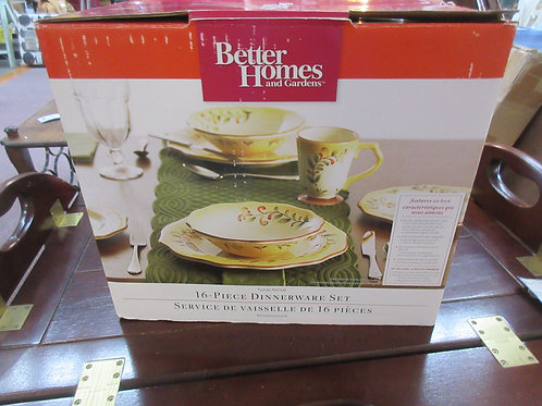 "Better Homes and Garden 16pc dinnerware set ""Tuscan Retreat"""