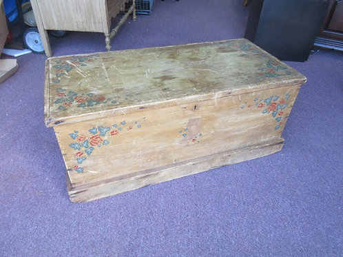 Antique wood bench/storage box with hinged lid - floral design
