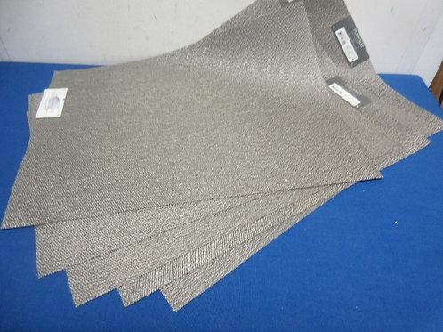 "Set of 6 Threshold gray vinyl placemats, 14x19""-New"