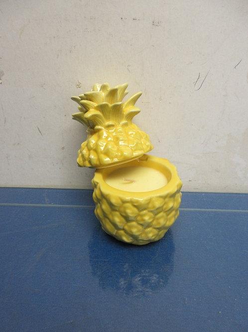 Homeworx by Harry Slatkin 4oz Pineapple candle