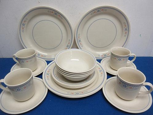 Corelle 20pc dinnerware service for four