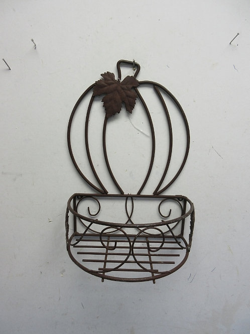 Metal pumpkin wall hanging with connected front tray