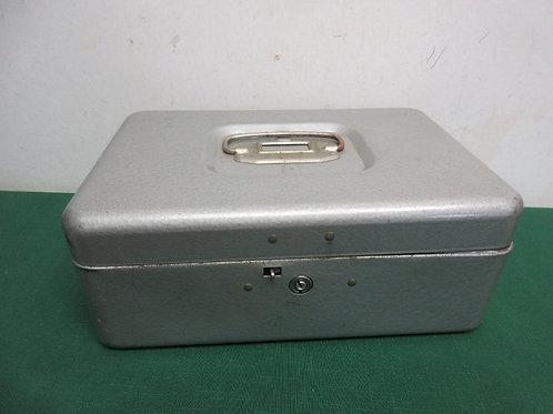"Locking gray cash box with key, 7x11x4""deep"