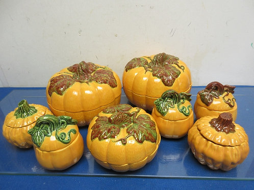 Set of 8 ceramic pumpkin canisters with lift off lids, 2 large, 1 med, 5small