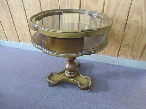 "Round Edge glass top pedestal accent table 20""dia x 22""high"