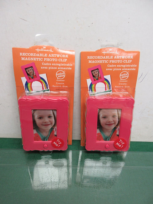 Set of 2 Hallmark record-able artwork magnetic photo clips, new