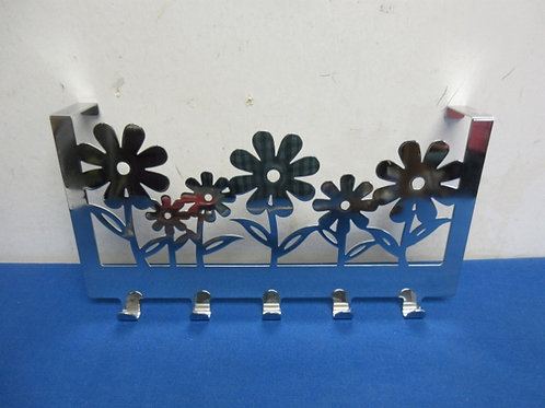 Stainless over the door flower design rack with 5 small hooks, could be used for