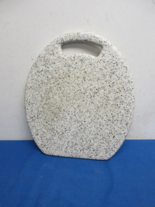 Heavy resin speckled cutting board with handle hole