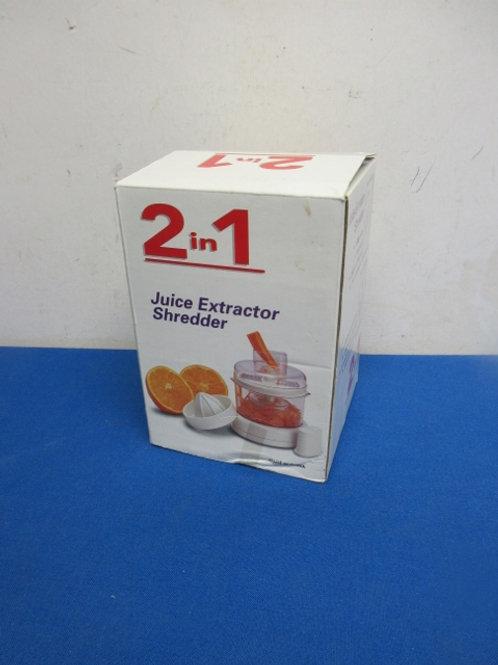 2 in 1 juicer extractor/shredder