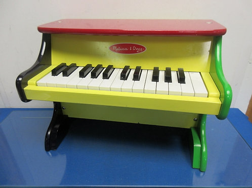 Melissa & Doug wooden learn to play piano