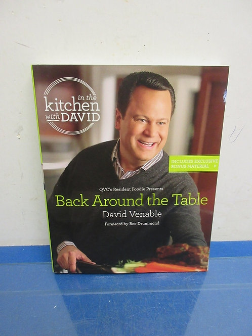 """In the Kitchen with David""""Comfort food shortcuts""""paperback cookbook"""