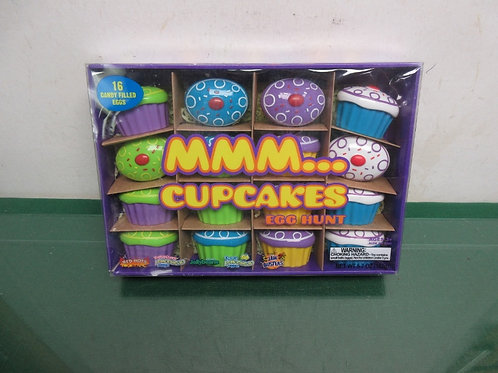 MMM........ cupcakes egg hunt, 16 candy filled eggs
