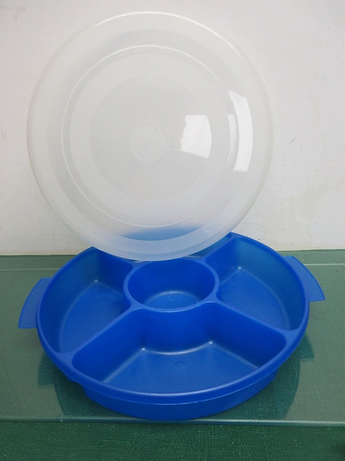 Blue plastic 5 section serving container with top lid