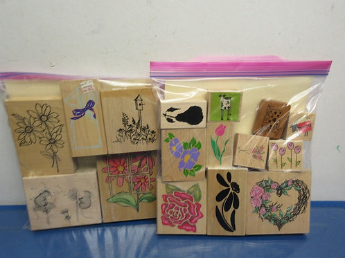 Set of 16 assorted stampers