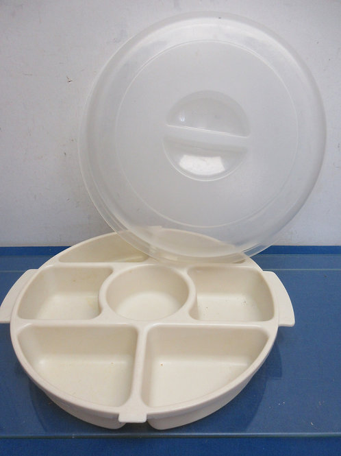 Tupperware 7 section veggie dip tray with lid