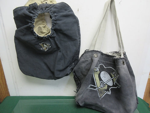 Pair of Pittsburgh Penguin totes