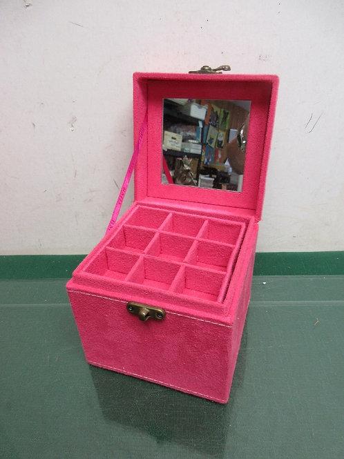 """Pink suede jewelry box cube w/3 small trays inside.5x5x5"""""""