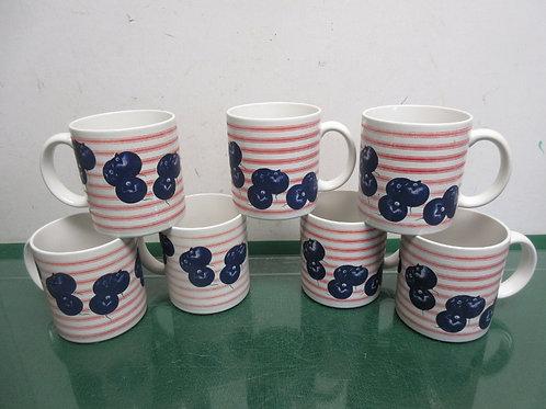 Set of 8 mugs, blueberry design