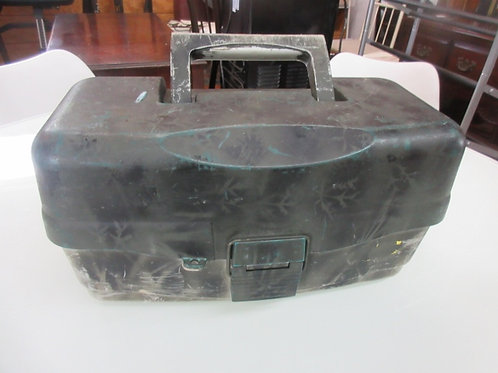 Camo design tackle box with 3 expanding trays