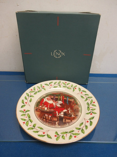 Lenox Holiday cookie for Santa plate, in box