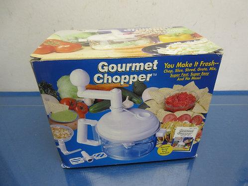 Gourmet manual crank chopper