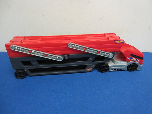 Hot Wheels red car transport vehicle