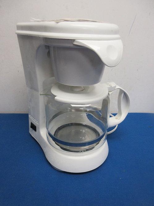 Proctor Silex white 12 cup coffee maker