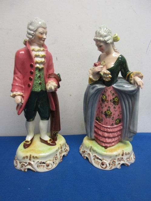 Pair of victorian ceramic statues, made in Italy