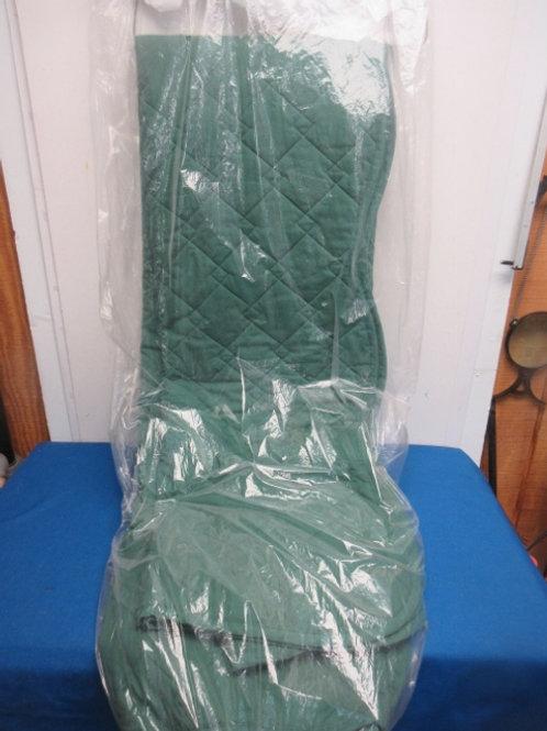 Green Queen comforter, freshly dry cleaned